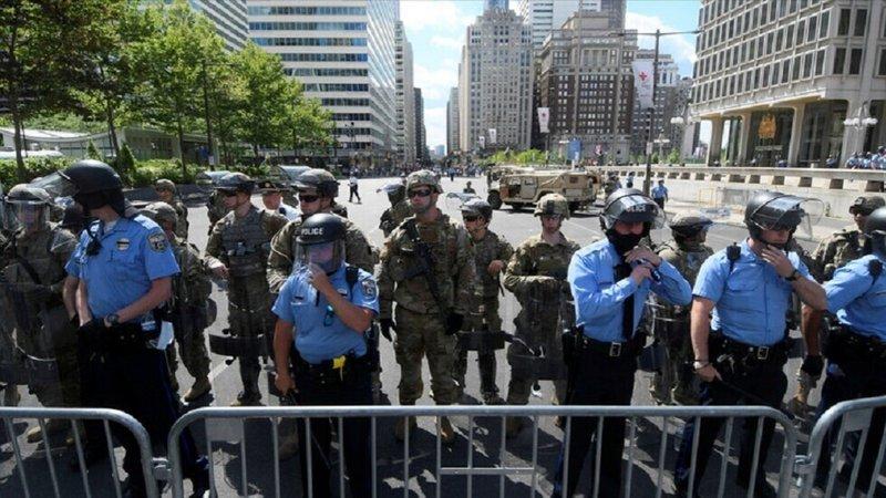 إصابة أكثر من 60 شرطيًّا في أعمال شغب بمدينة سياتل الأمريكية