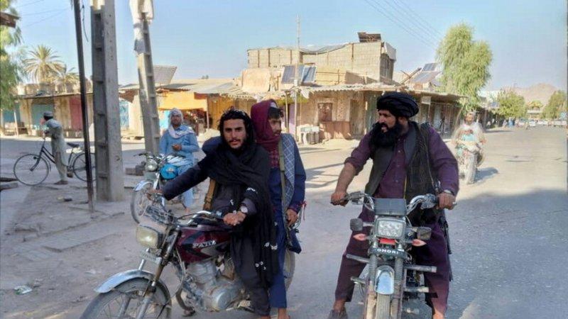 """""""طالبان"""" تعلن سيطرتها على آخر المعاقل المناهضة.. والمقاومون ينفون!"""