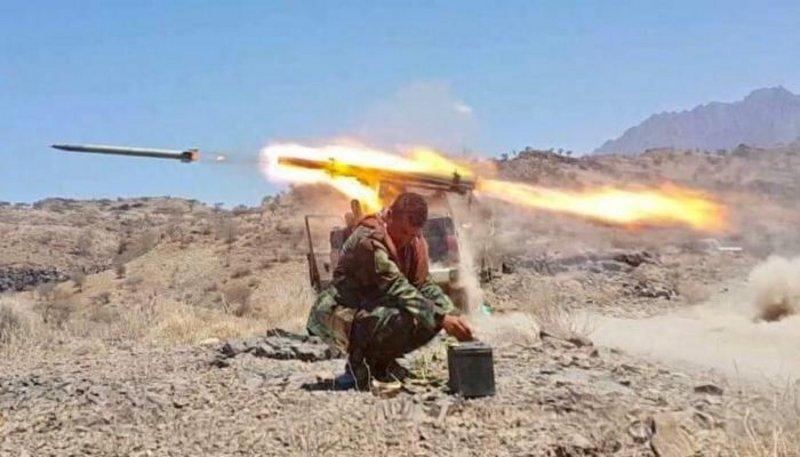 الجيش اليمني يقتل 4 حوثيين ويصيب 10 في تعز
