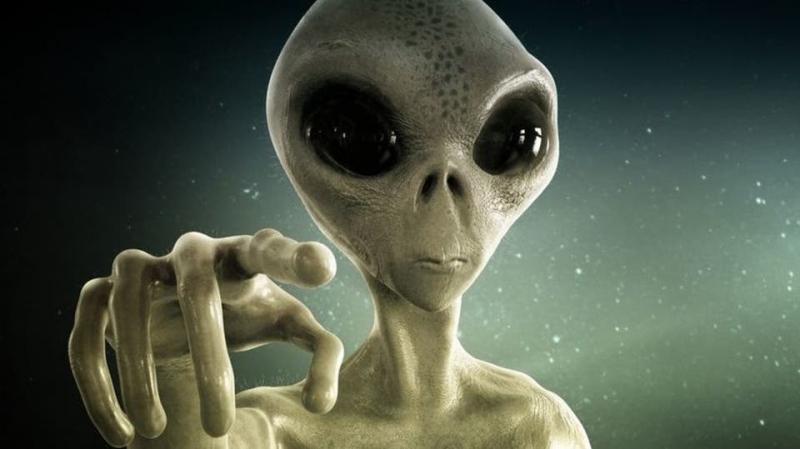 """كائنات فضائية ذكية ستغزو كوكب الأرض و""""تهز البشرية"""""""