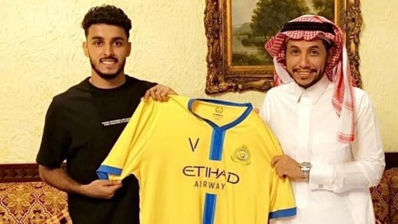 النصر يوقع مع عبدالعزيز العلاوي 3 أعوام