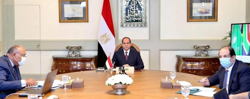 مصر توافق في قمة إفريقيا على اتفاق قانوني ملزم لسد النهضة