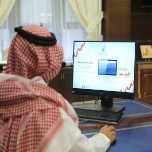 رئيس الجامعة الإسلامية يدشن ثلاث أنظمة إلكترونية جديدة .